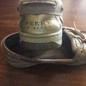 Sperry Top Sider Boat Shoe size 5 beige/gold